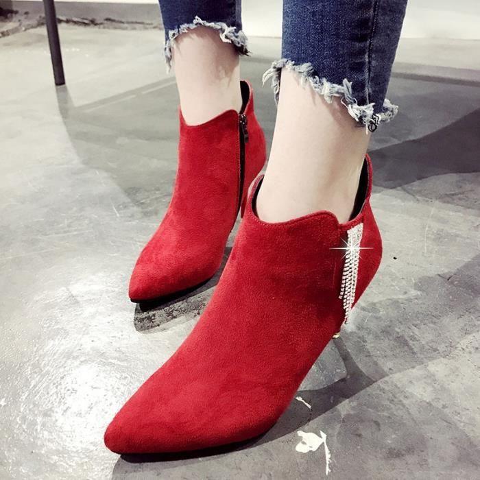 2017 automne et d'hiver nouvelles bottes fines avec mode haut talons hauts ont souligné Martin bottes femmes pompon eau métalliques