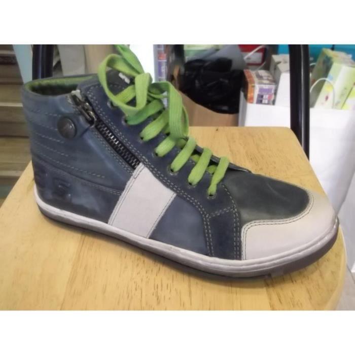 Chaussures enfants garçons montantes Stones and Bones Pointure 32