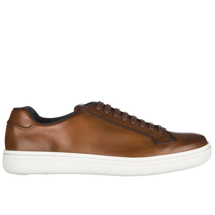 Chaussures baskets sneakers homme en cuir traditional Hogan 9GRxB