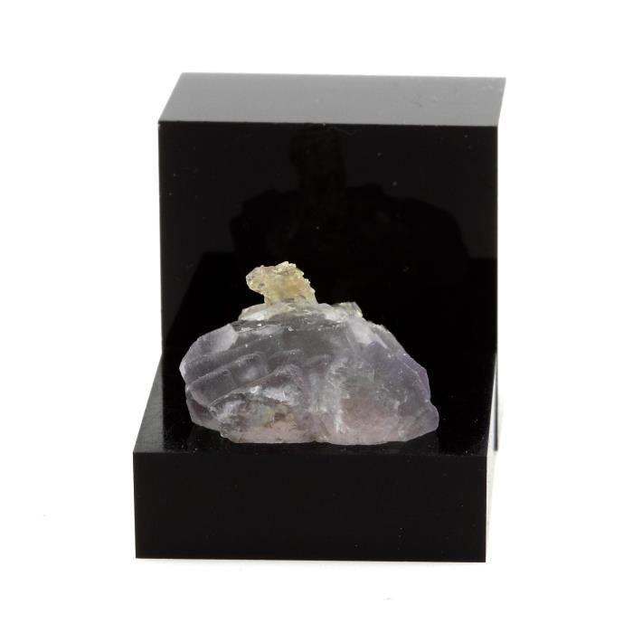 Pierre-Fluorite violette et Quartz fumé. 34.09 cts. Massif du Mont-Blanc, France. Ultra rare