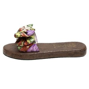 SANDALE - NU-PIEDS Sandales à glissière plat en satin à rayures décon