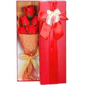 SAVON - SYNDETS Coffret bouquet de 5 roses en savon Bouquet St val
