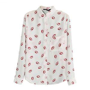 3286439a0899 Blouse a manches longues en motif de levre rouge imprimee pour les femmes  Chemise a col