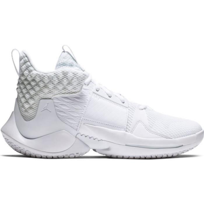 nouveau concept 78667 34a77 Chaussure de Basket Jordan Why not zer0.2 Triple White blanc ...