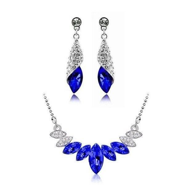 Parure ornée de cristaux SWAROVSKI ELEMENTS plaqué or blanc couleur Bleu roi