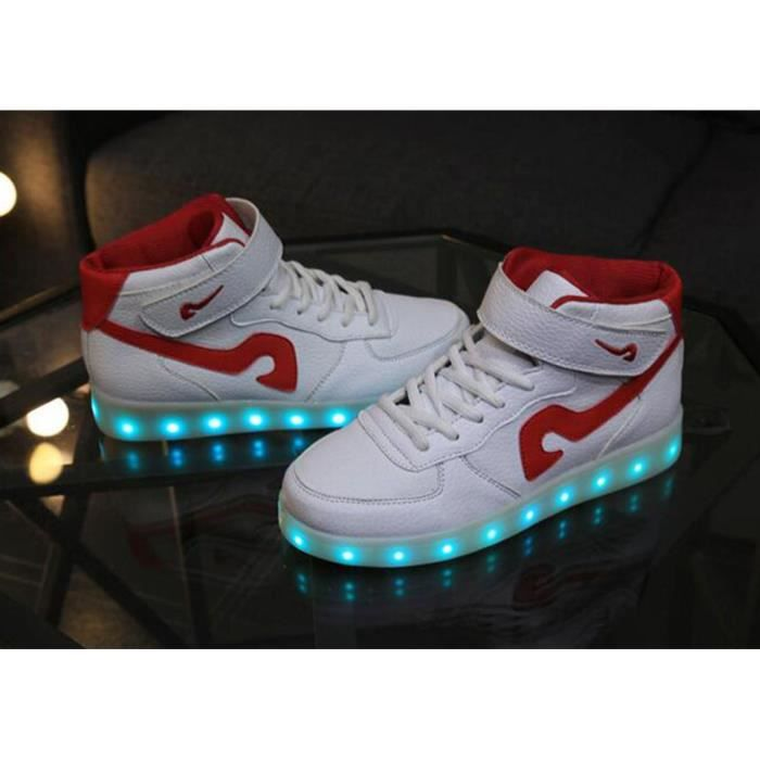 LED Chaussures 7 couleurs lumineuses hommes / femmes de charge USB Flashing Lumières Sneakers Lovers Chaussures