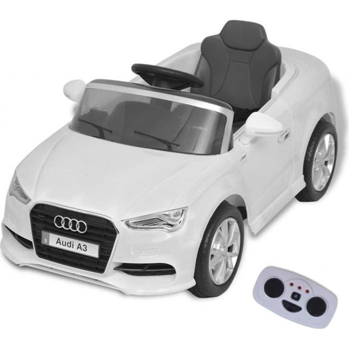 voiture electrique enfant audi achat vente jeux et jouets pas chers. Black Bedroom Furniture Sets. Home Design Ideas