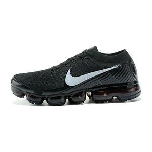 Baskets Nike Air Vapormax Flyknit Chaussures  De Running Noir Blanc