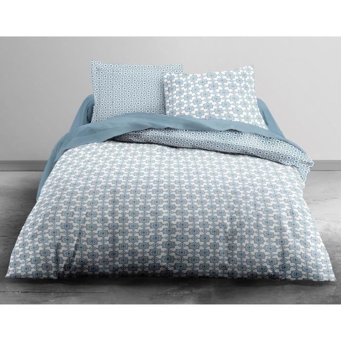 Matière : 100% coton 57 fils - Dimensions : 200x200/ 65x65 cm - Coloris : bleu récif et blancPARURE DE COUETTE