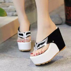SANDALE - NU-PIEDS SHELOVEIT® Chaussures couleur unie diamants sandal