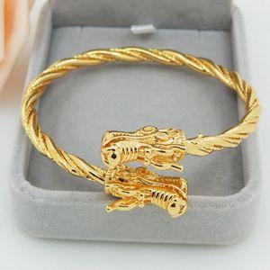 BRACELET - GOURMETTE Bracelet en fil métallique Or jaune 18k plaqué sol