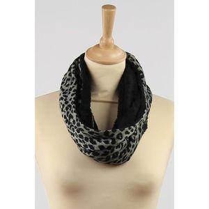 Snood écharpe femme imprimé léopard noir et gris Tour de cou col ... 0762b0ce652