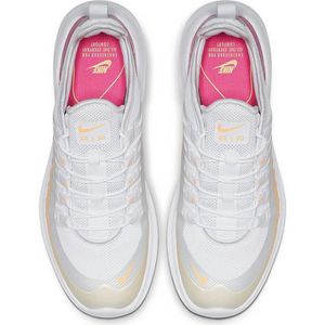 newest collection 2deea fdc7a ... CHAUSSURES DE RUNNING NIKE Baskets AIR MAX NEWS AXIS - Pour femme -  Colo ...