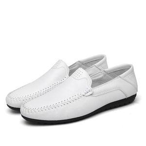 Sneaker Homme à la mode Glisser sur Moccasin de plein air Poids Léger Chaussures pour Hommes De Marque De Luxe Grande Taille 44 Bleu Bleu - Achat / Vente basket  - Soldes* dès le 27 juin ! Cdiscount