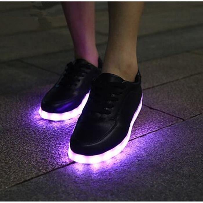 Nouveaux Hot 7 Couleurs Chaussures lumineux unisexe Led lueur Hommes & Femmes USB Rechargeable Lumière Led Chaussures Chaussures adu