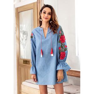 d4b6d8eec21f8 ROBE Robe Broderie Courte Jean Femme Col V Manches Trom