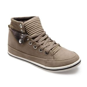 0053aeee30f9a Baskets Montantes 36 Femme - Achat   Vente Baskets Montantes 36 pas ...