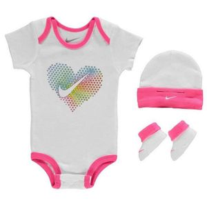 bonnet bebe nike achat vente bonnet bebe nike pas cher. Black Bedroom Furniture Sets. Home Design Ideas