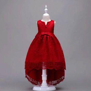 8bd75080592 ROBE DE CÉRÉMONIE Robe Pour Fille - Rouge Cardinal - en Dentelle Cou ...