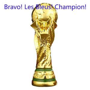 TROPHÉE - MÉDAILLE Champion Les Bleus World Cup 2018 Réplique trophée