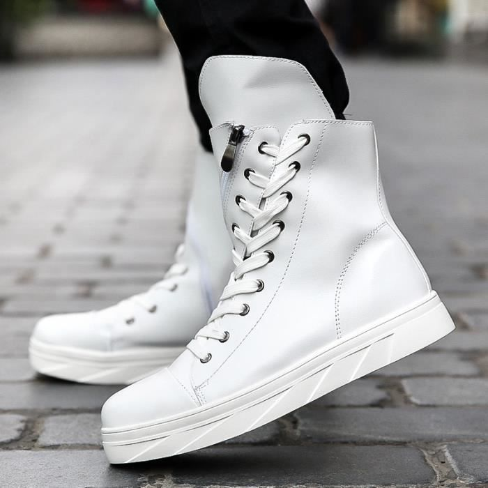 Shockproof Casual Boot Outdoors Solid Color Hommes High Tops Men Creative Travel Automne et hiver Mode Sports Chaussures de toile