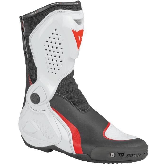 nouveaux styles paquet à la mode et attrayant grande variété de modèles Bottes Moto Homme Dainese Course Out Noir - Blanc - Rouge