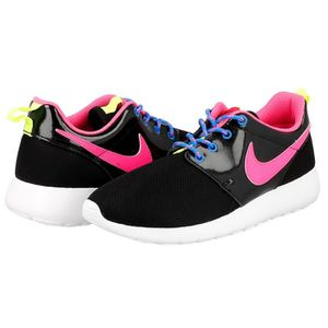 BASKET Baskets Nike Roshe One 599729 011 Noir.