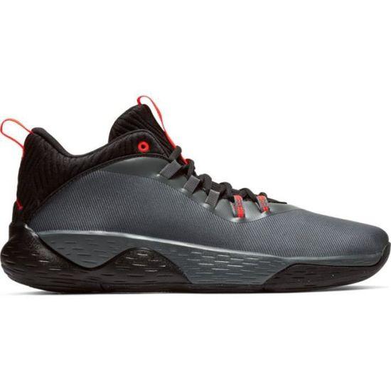 new arrival 45b33 d6264 Chaussure de Basketball Jordan Super.Fly MVP Low Gris pour homme