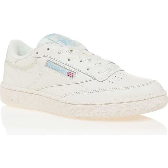 reebok club c 85 trainers in blanche with pearl