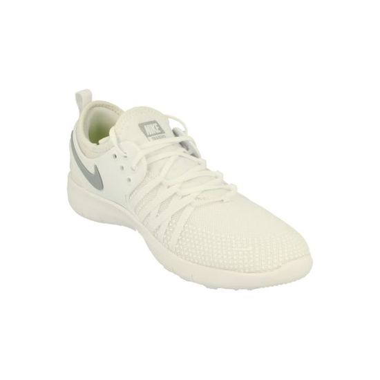 timeless design 4c8c6 5548f Nike Femme Free Tr 7 Running Trainers 904651 Sneakers Chaussures 100 - Prix  pas cher - Cdiscount