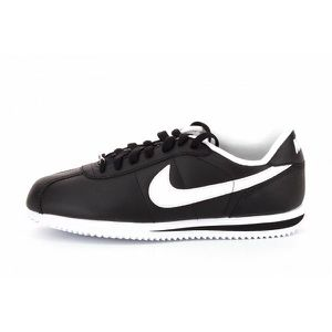 Nike Chaussures Classic Cortez Leather - 819719-100 Nike soldes ceSvqfCjh