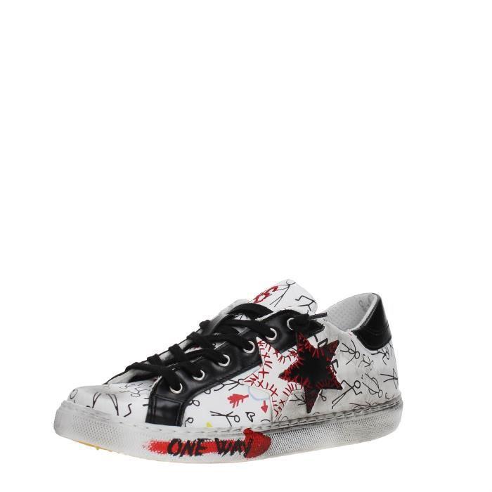 2 Star Sneakers Femme WHITE/BLACK, 35