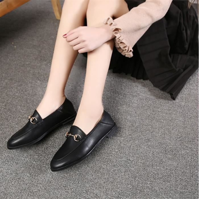Bout rond style britannique Mocassins Noir Mesdames Plate-forme Flats Chaussures 2017 Patent Designer Shoes en cuir femmes