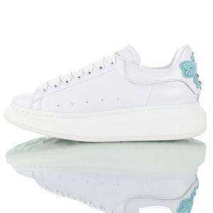 d2b9df53cd6 BASKET Alexander McQueen Chaussures de Femme Blanc
