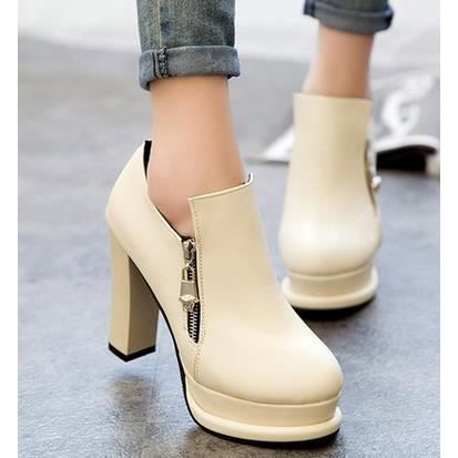 Les nouvelles chaussures de style britannique talons épais avec des chaussures imperméables, blanc 38