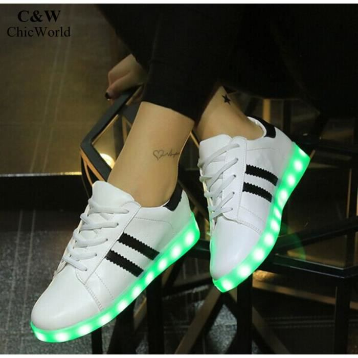 Homme et Femme Chaussures Grande Taille USB Charge D'éclairage LED Basket Femme Mode Colorful Superstar Chaussure Lumineuse 7TdjAKN