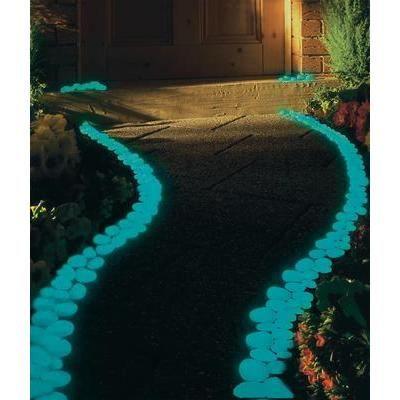 Lot de 100 cailloux lumineux bleus objet de d cor achat for Achat cailloux decoration