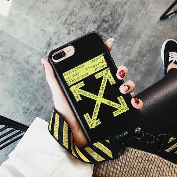 coque iphone xs off white