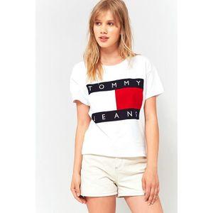 tee shirt vintage femme tommy hilfiger logo manches courtes imprim t shirt blanc blanc. Black Bedroom Furniture Sets. Home Design Ideas