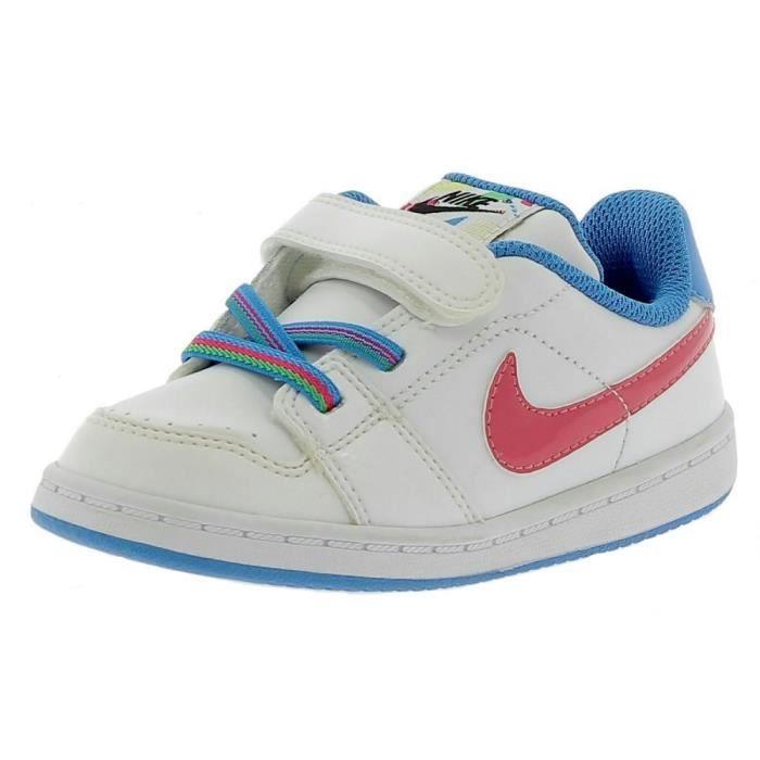 97a324dc9da1a Nike - Nike Backboard Chaussures de Sport Petit Garçon Blanc Noir ...