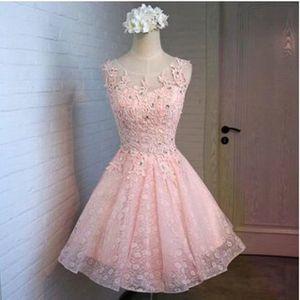 7dcd3faa0f9 Nouvelle robe de soirée courte en mousseline de soie robe de demoiselle  d honneur sans