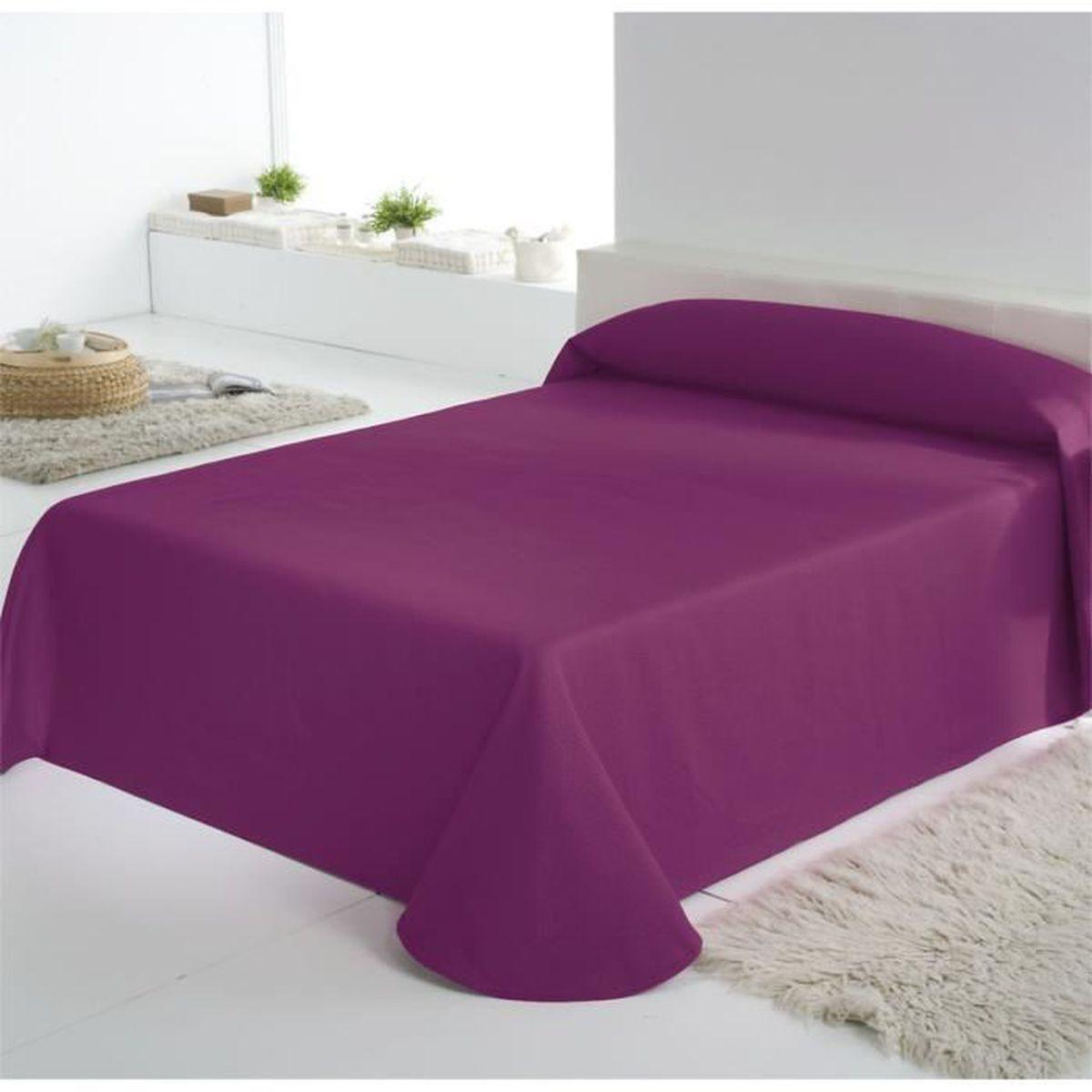 couvre lit aubergine Couvre lit Trebol effet gaufré Aubergine 180 x 270 cm   Achat  couvre lit aubergine