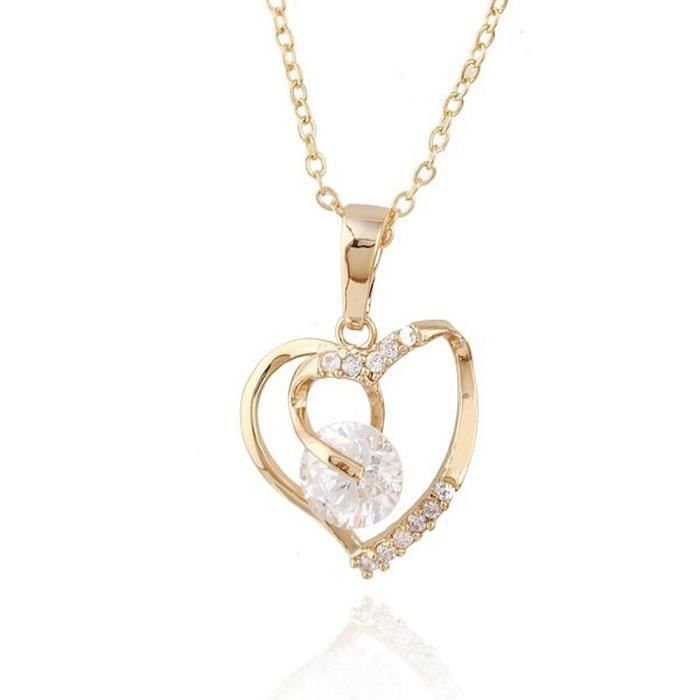 Collier coeur serti de zirconiums plaqué or