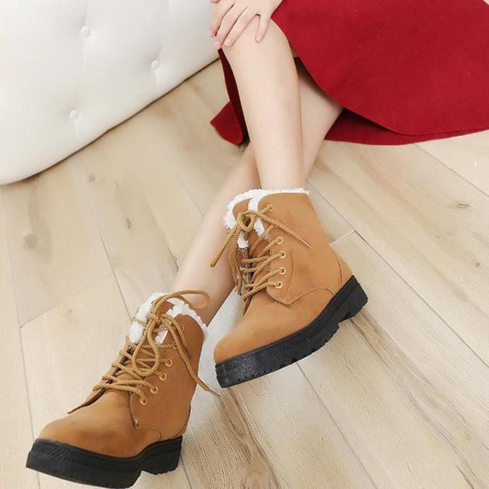 Chaussures chaudes de nouvelles femmes classiques Bottes de neige Chaussures courtes d'hiver de mode marron