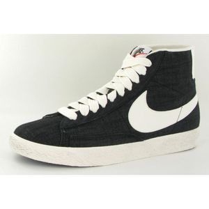 BASKET Chaussures Nike Blazer Mid Canva…