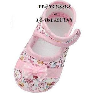 2b8e5a60fbf22 Chaussures Bébé Fille - Achat   Vente Chaussures Bébé Fille pas cher ...
