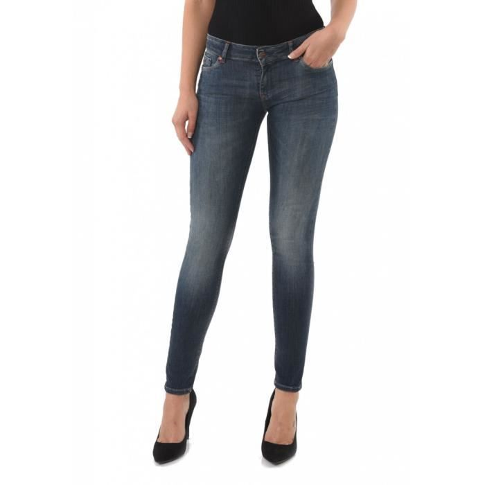 jeans remonte fesses achat vente jeans remonte fesses pas cher soldes d s le 10 janvier. Black Bedroom Furniture Sets. Home Design Ideas
