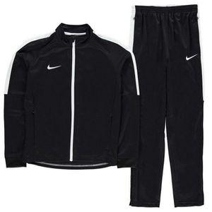 SURVÊTEMENT Jogging Nike Swoosh Garcon Noir et Blanc