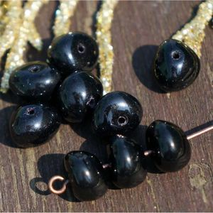 Perles Noir Opaque Ovale en Verre tchèque Perles Noir Écr