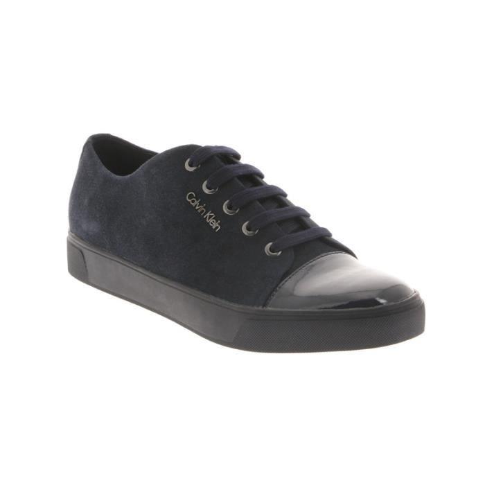 Chaussure de ville sport Calvin Klein Napoleon en daim et cuir brillant bleu marine. fqMR7GaTgj